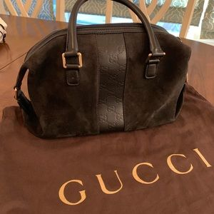 2bab6e599 100% Authentic Gucci suede and leather handbag